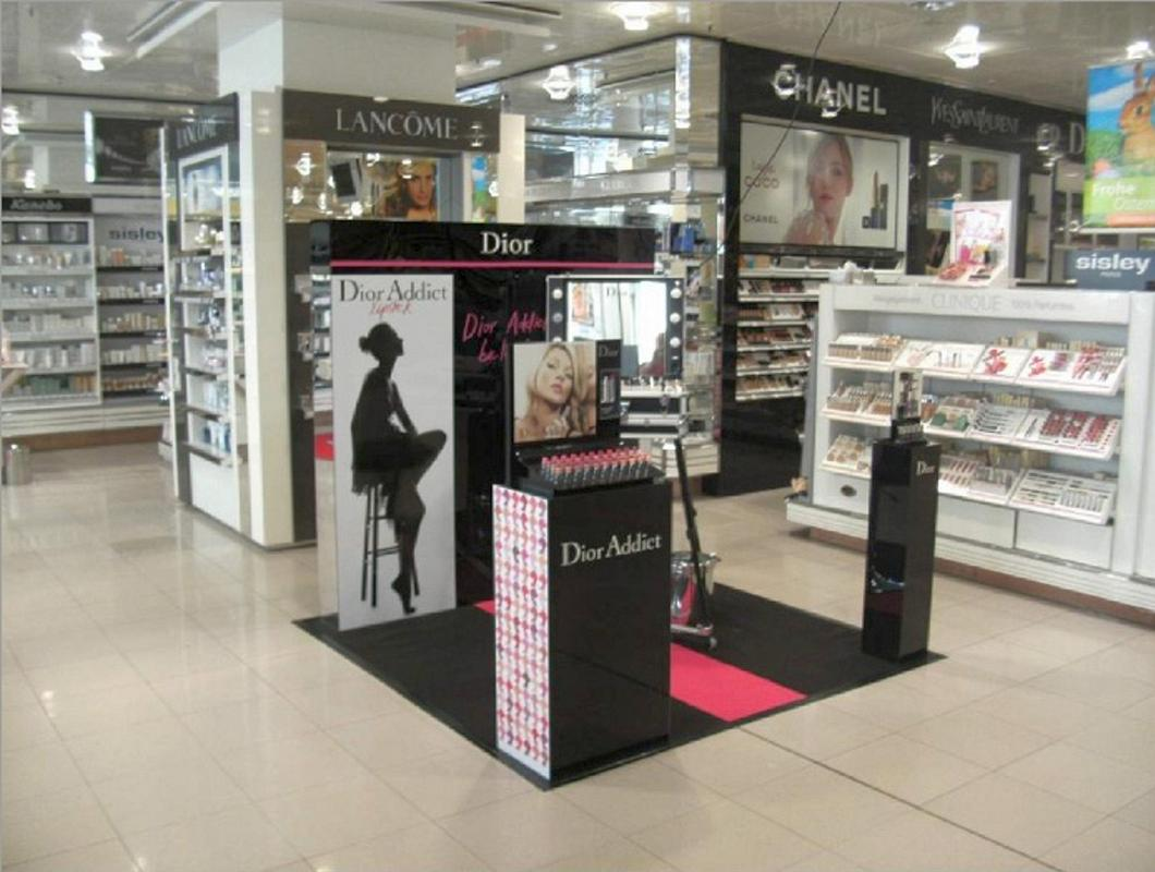 Christian Dior Parfums -Promotion-Möbel und Displays